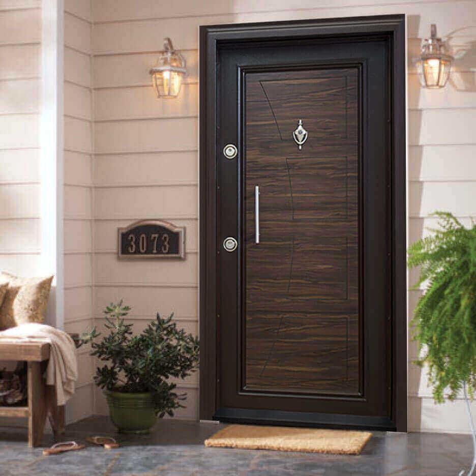 Полезни съвети за избор на блиндирана врата за външен монтаж