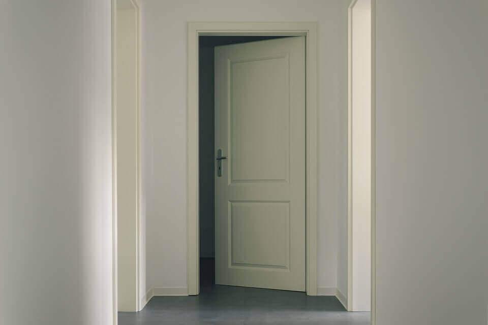 Какво трябва да знаем за интериорните врати преди да ги закупим