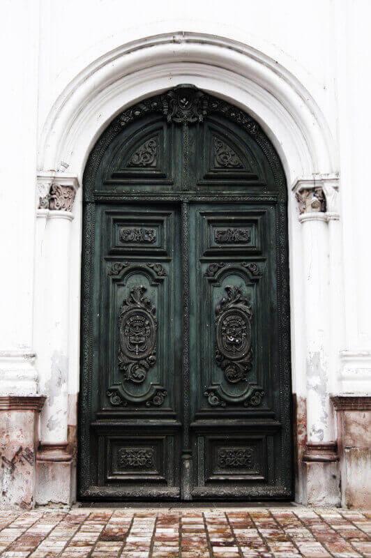 Технологичната еволюция на вратите