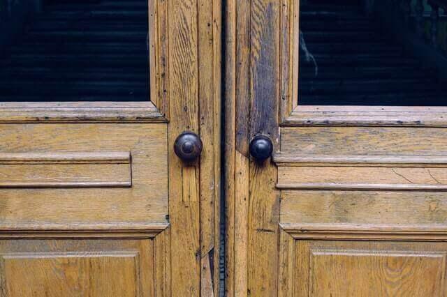 Как може да вдъхнем живот на старата врата