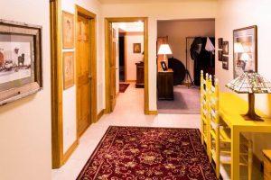 Методи за използване на цветовете в избора на интериорни врати