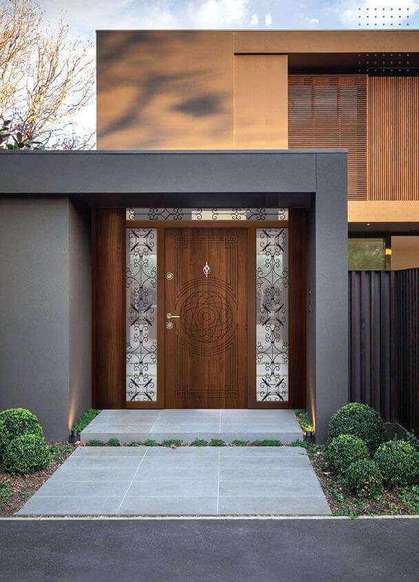Входни врати за къща