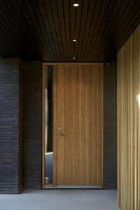 8 фактора, които трябва да съобразите при избора на блиндирана врата