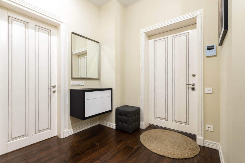 Как се сменят вътрешните врати в панелно жилище?